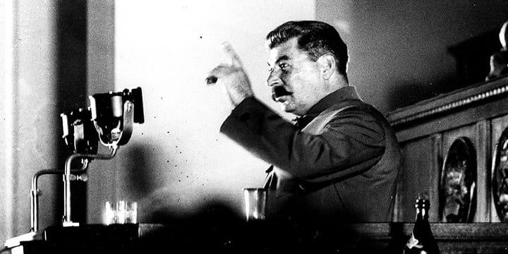 Сталин, чернобелое фото