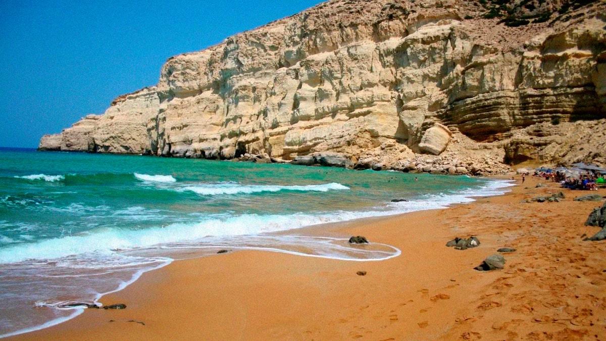 Красный пляж на острове Крит